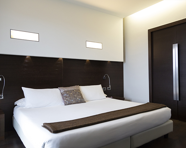 ihhotels-pomezia-selene-junior-suite