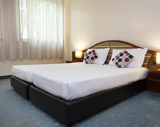 ih-hotels-milano-blu-visconti-albergo-camera-twin-disabili