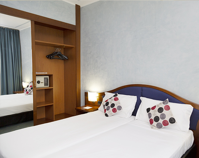 h-hotels-milano-blu-visconti-triple-room