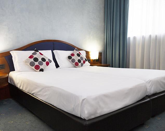 ih-hotels-milano-blu-visconti-albergo-camera-doppia-twin