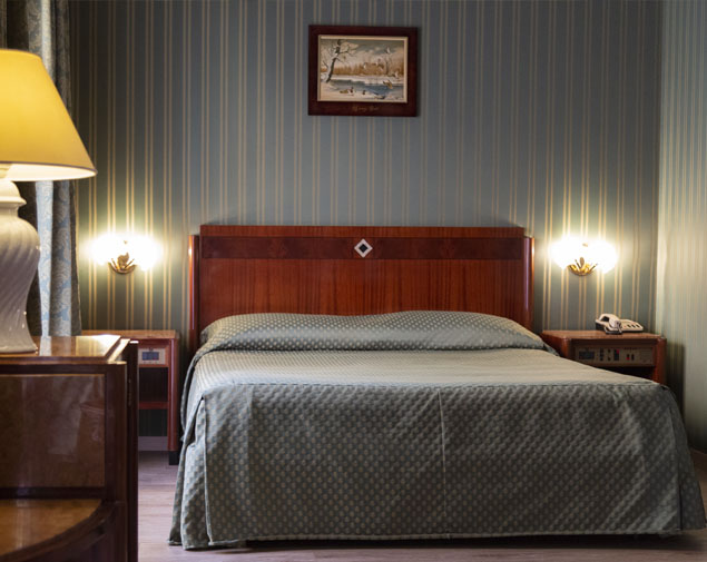ih-hotels-milano-bocconi-porta-romana-camera-standard