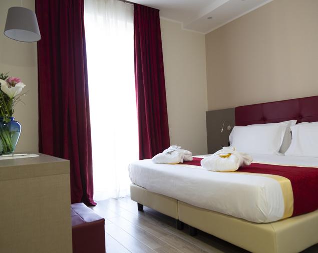 ih-hotels-milano-bocconi-porta-romana-camera-superior-matrimoniale