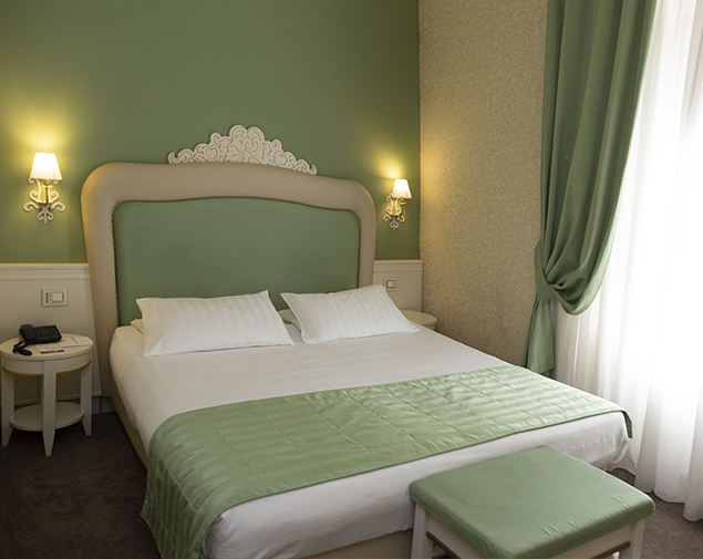 ih-hotels-roma-dei-borgia-camera-matrimoniale-comfort