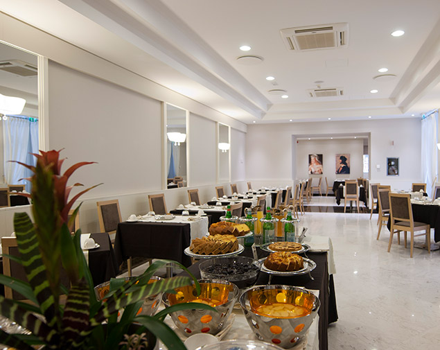 ihhotels-romadeiborgia--breakfast