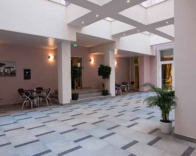 ihhotels-romadeiborgia-ristorazione-patio