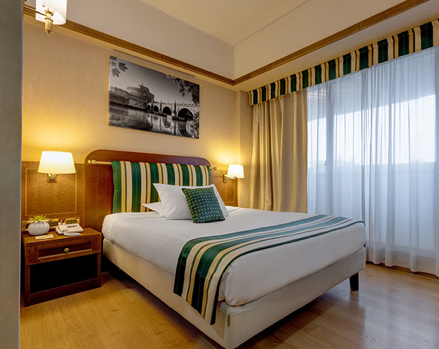 ih-hotels-roma-cicerone-room-type-french-bed