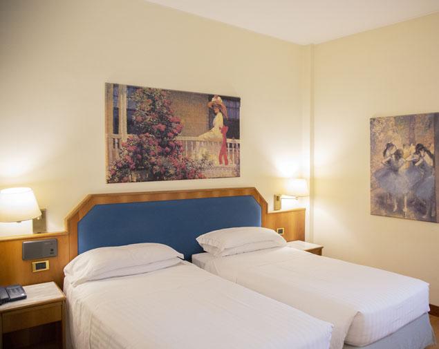ih-hotels-milano-eur-trezzano-camera-deluxe-doppia