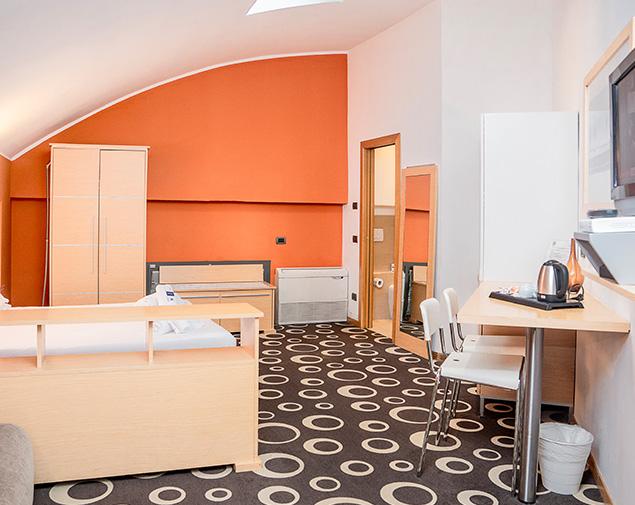 ih-hotels-firenze-select-executive-residence-camera-matrimoniale-standard