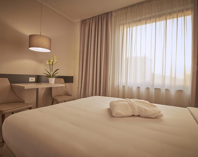 ih-hotels-milano-lorenteggio-camera-superior