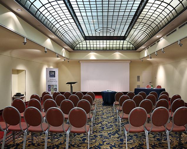 iH-Hotels-Bari-Oriente-sala-beethoven