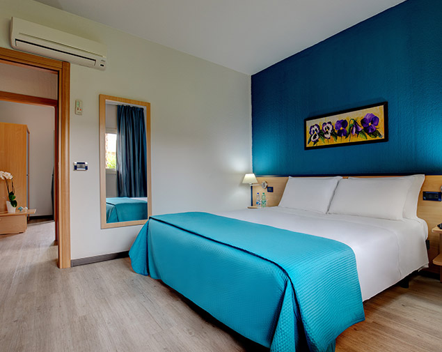 ih-hotels-milano-ambasciatori-albergo-milano-centro-camera-family