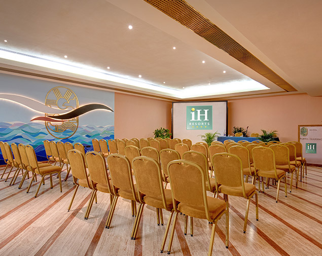 ih-hotels-monopoli-portogiardino-resort-meeting-events