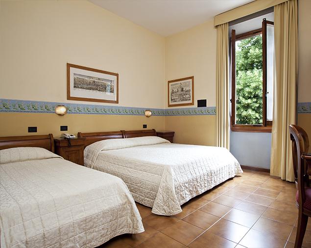 ih-hotels-firenze-select-albergo-quadruple-room