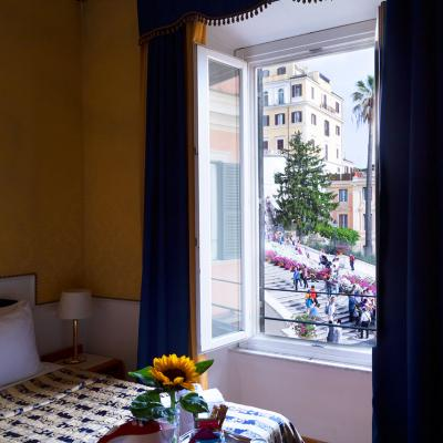 Ih Hotels Piazzadispagnaview Guesthouse Roma Panorama