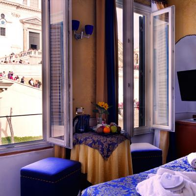 Ih Hotels Piazzadispagnaview Guesthouse Roma Vista