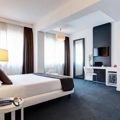 Ihhotels Romaz3 Room