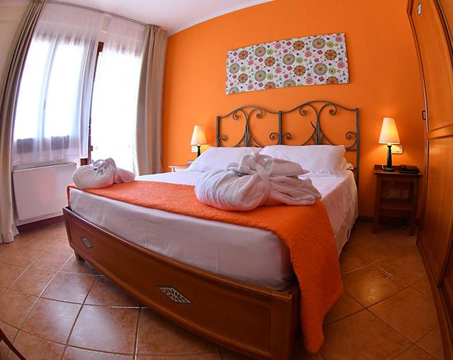 ihhotels-villasimius-lezagare-resort-camera