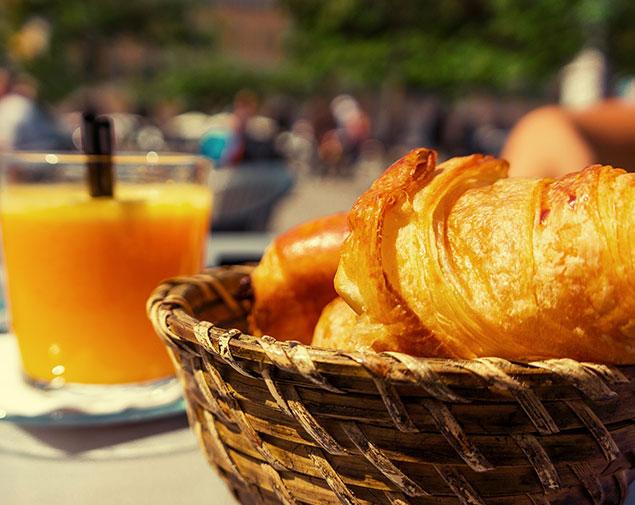 ih-hotels-villasimius-lezagare-resort-ristorante-breakfast